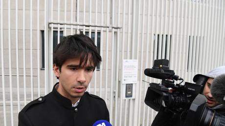 «Inadmissible» : Juan Branco dessaisi de la défense de Piotr Pavlensky dans l'affaire Griveaux