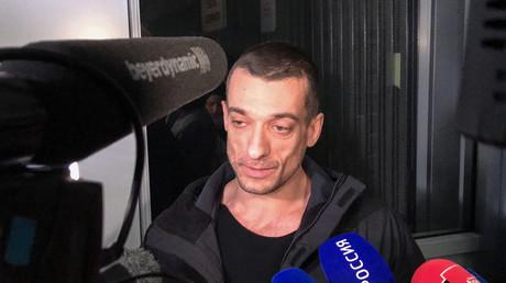 Piotr Pavlensky : «Je pensais que la France était le pays de la liberté d'expression»
