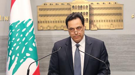 Photographie fournie par l'agence photo libanaise Dalati & Nohra, le 7 mars 2020. Elle montre le Premier ministre libanais, Hassan Diab, au palais du gouvernement à Beyrouth, la capitale (image d'illustration).