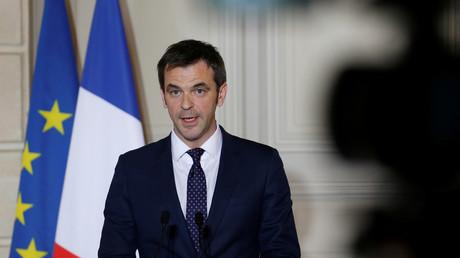 Le ministre de la Santé Olivier Véran le 8 mars.
