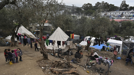 Photographie du camp surpeuplé de Moria sur l'île de Lesbos, en Grèce, le 7 mars 2020 (image d'illustration).