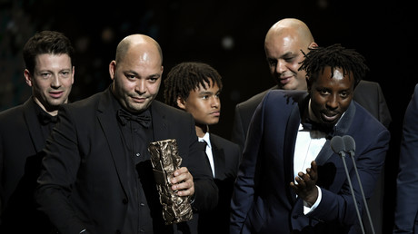 Ladj Ly et l'équipe du film Les Misérables lors de la cérémonie des César à Paris le 28 février 2020 (image d'illustration).