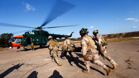 Des soldats de l'armée lettone lors d'un exercice d'évacuation médicale au cours de l'exercice militaire de l'OTAN Crystal Arrow 2020 à Adazi (Lettonie), le 9 mars 2020 (image d'illustration).