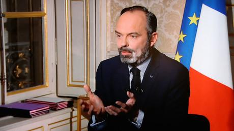 Licenciements durant la pandémie : Edouard Philippe contredit-il la ministre du Travail ?