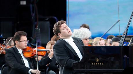 Le pianiste russe Denis Matsouïev