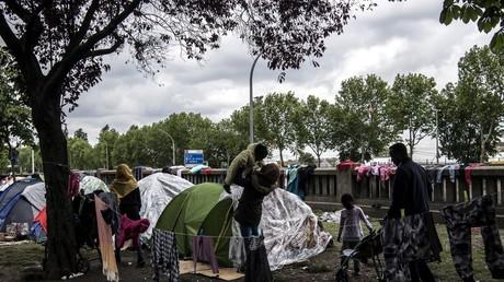 Camp de migrants porte d'Aubervilliers, le 10 mai 2019.