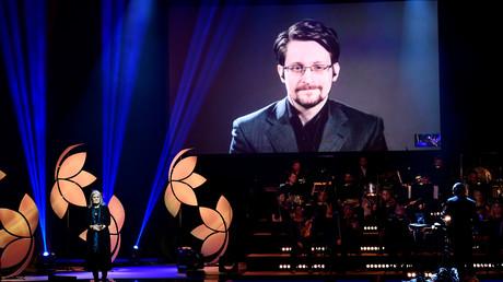 L'ancien lauréat de Right Livelihood, Edward Snowden, réalise une vidéoconférence lors de la cérémonie de remise des prix Right Livelihood 2019 à Cirkus, Stockholm, en Suède le 4 décembre 2019 (image d'illustration).