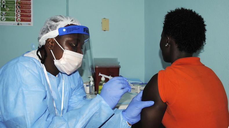 Covid-19 : une séquence sur le test d'un vaccin en Afrique fait polémique
