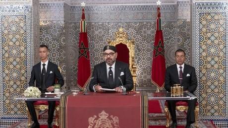 Le roi du Maroc Mohammed VI, s'exprimant à l'occasion du 20e anniversaire de son règne, au palais royal de Tetouan, le 30 juillet 2019.