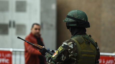 Un membre des forces de l'ordre égyptiennes fin janvier, au Caire (image d'illustration).