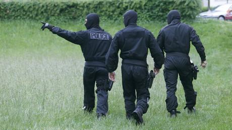 A Meinau, dans la banlieue strasbourgeoise en mai 2014 des effectifs policiers conjoints de la DGSI, du RAID et du GIPN recherchent six revenants du djihad en Syrie (image d'illustration).
