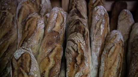 Le boulanger appelé par Macron le 1er mai était présent sur la liste de Collomb en 2008 et 2014