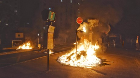 Scène d'incendie à Argenteuil dans la nuit du 17 mai, (Charles Baudry, RT France).