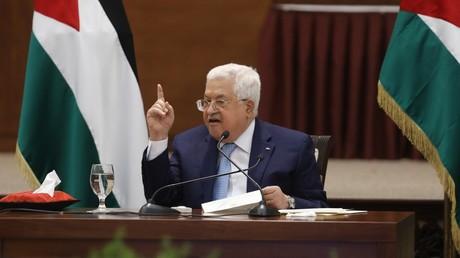 Le président de l'Autorité palestinienne Mahmoud Abbas s'exprime lors de la réunion des dirigeants palestiniens à Ramallah, en Cisjordanie, le 19 mai 2020.
