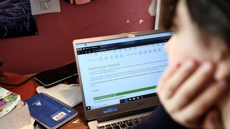 Les étudiants auront-ils automatiquement 10/20 dans plusieurs universités, quel que soit le rendu de leur travail (image d'illustration)?