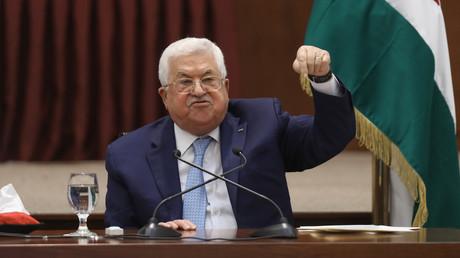 Le président palestinien Mahmoud Abbas s'exprime lors de la réunion des dirigeants palestiniens à son siège à Ramallah, en Cisjordanie, le 19 mai 2020 (image d'illustration).
