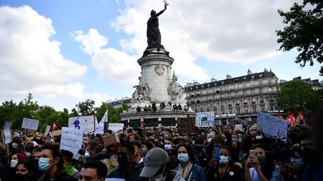 Liberté de rassemblement : à quoi s'attendre après la fin de l'état d'urgence sanitaire ?