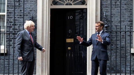 La rencontre entre le président français Emmanuel Macron et le Premier ministre britannique Boris Johnson, à Londres le 18 juin, n'a pas permis de faire avancer les négociations pour un accord sur les relations futures entre le Royaume-Uni et l'Union européenne (illustration).