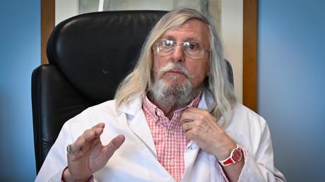 Le professeur français Didier Raoult dans son bureau à Marseille (image d'illustration).