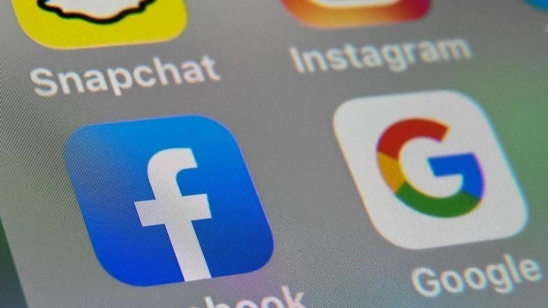 «Lutte contre la diffusion de fausses informations» : le CSA demande des efforts aux réseaux sociaux
