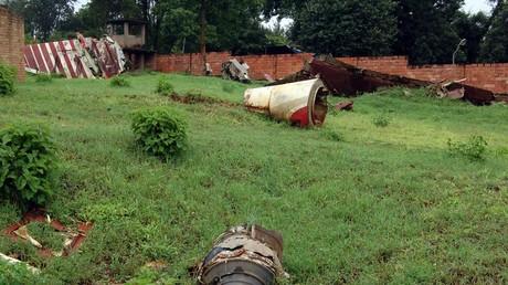Une photo d'illustration prise le 15 avril 2007 à Kigali, au Rwanda, montre l'épave de l'avion dans lequel l'ancien président rwandais Juvenal Habyarimana est décédé en avril 1994.