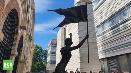Statue de Jeanne D'Arc au Centre Spirituel et Culturel orthodoxe russe