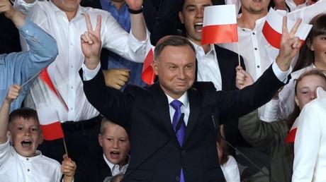 Andrzej Duda après les premiers résultats du second tour de l'élection présidentielle, le 12 juillet 2020, à Pultusk, en Pologne (image di'llustration).