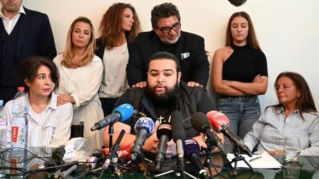 Le fils de Cédric Chouviat, Ryan, s'exprime lors d'une conférence de presse le 23 juin 2020, à Paris (image d'illustration).