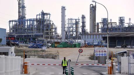 Sur le site de Lavéra appartenant à Kem One, un groupe français spécialisé dans les produits chlorochimiques et vinyliques, dans le sud de la France, le 26 mars 2013 (image d'illustration).