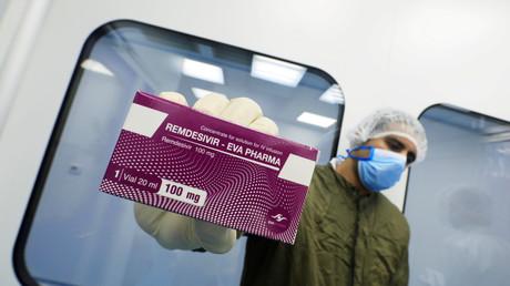 Le remdesivir en gros plan dans un laboratoire d'Eva Pharma, au Caire, Egypte, juin 2020 (image d'illustration).
