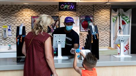 Le mall Destiny rouvre ses portes alors que les mesures restrictives face au coronavirus se réduisent, le 10 juillet 2020 à Syracuse dans l'Etat de New York (image d'illustration).