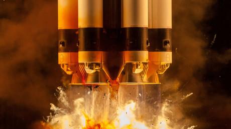 L'agence russe Roscosmos veut envoyer deux touristes dans l'espace en 2021