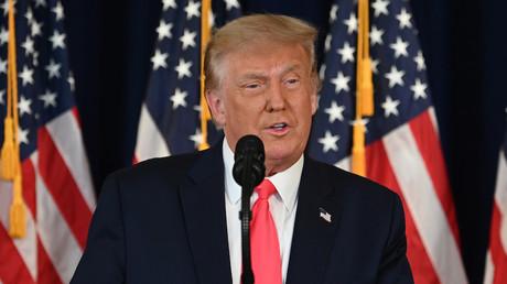 Faute d'accord au Congrès, Donald Trump signe un nouveau plan d'aide économique aux Américains
