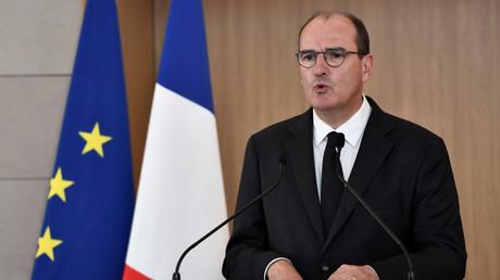 A Orly le 14 août 2020, le Premier ministre Jean Castex a prononcé un hommage aux six humanitaires français d'Acted tués au Niger.