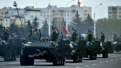 Des troupes militaires biélorusses lors d'un défilé à Minsk, le 9 mai 2020 (image d'illustration).