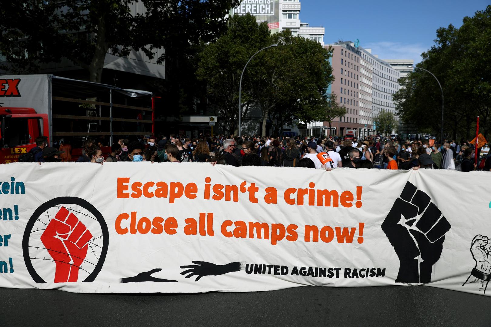 «Nous avons de l'espace !» : manifestations en Allemagne pour l'accueil des migrants en Europe
