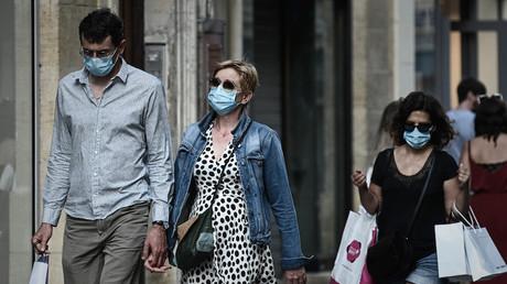 Des passants masqués dans les rues de Bordeaux le 5 septembre (image d'illustration)