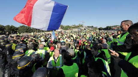 Le premier acte des Gilets jaunes, marquant le début des mobilisations hebdomadaires, a eu lieu le 17novembre 2018 (ici à Antibes).