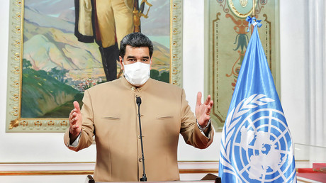 Document photo publié par la présidence vénézuélienne montrant le président vénézuélien Nicolas Maduro s'exprimant depuis le palais présidentiel de Miraflores à Caracas, le 21 septembre 2020 (image d'illustration).