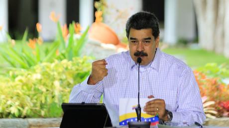 Document photo publié par la présidence vénézuélienne montrant le président vénézuélien Nicolas Maduro s'exprimant lors d'un message télévisé, au palais présidentiel de Miraflores à Caracas le 2 septembre 2020 (image d'illustration).