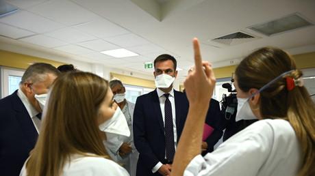 Restrictions à Marseille : Olivier Véran tente d'apaiser la colère des restaurateurs et des élus