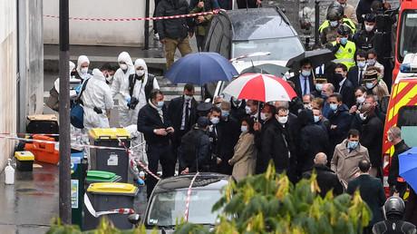 «Nous avons sous-évalué la menace» : Darmanin réagit à l'attaque au hachoir à Paris
