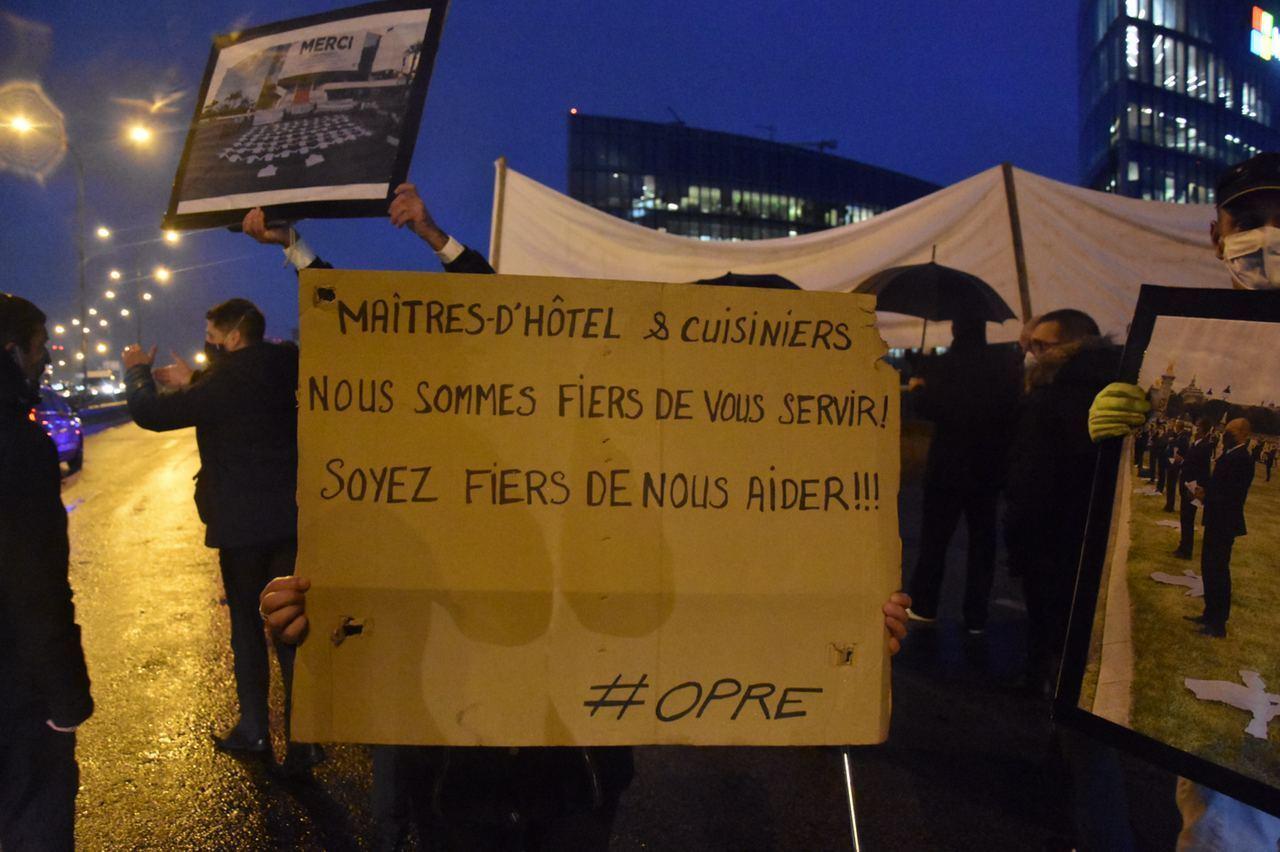 Blocage du périphérique parisien : des professionnels de la restauration dénoncent leur précarité