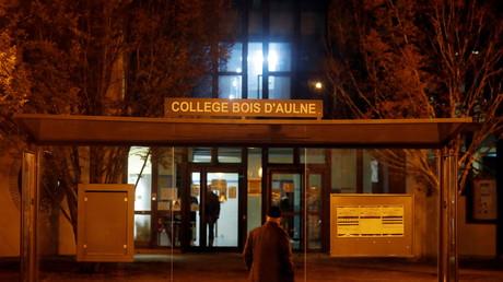 Le collège du Bois d'Aulne de Conflans-Sainte-Honorine, où enseignait le professeur et devant lequel il a été décapité, le 16 octobre 2020 (image d'illustration).