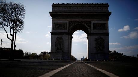 Place de l'Etoile déserte à Paris, le 31mars 2020, en plein confinement national (image d'illustration).