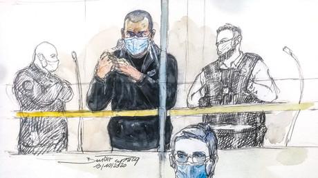 Croquis réalisé le 19 octobre 2020 au tribunal correctionnel de Paris, lors du procès du ressortissant russe Alexander Vinnik (C).