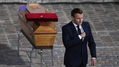 Emmanuel Macron lors de l'hommage à Samuel Paty, le 21 octobre 2020, à Paris (image d'illustration).