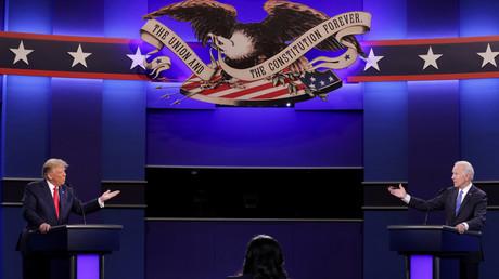 Le président américain Donald Trump et son adversaire démocrate Joe Biden, lors du dernier débat présidentiel, le 22 octobre.