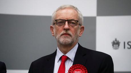 Le chef du Labour Jeremy Corbyn attend les résultats des élections générales, le 13 décembre 2019.