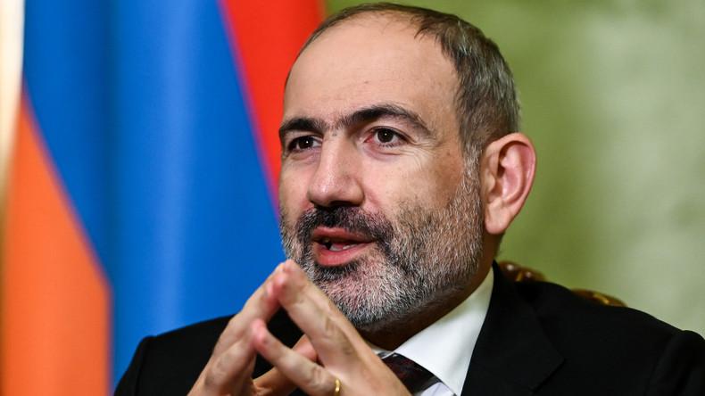 Генштаб ВС Армении потребовал отставки Пашиняна